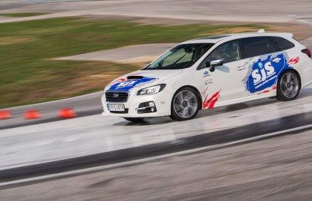 Trening bezpiecznej jazdy - Subaru Levorg