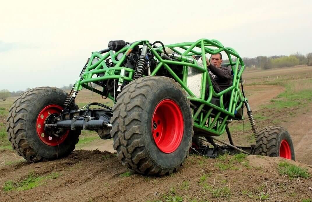 Monster Buggy - jazda w terenie
