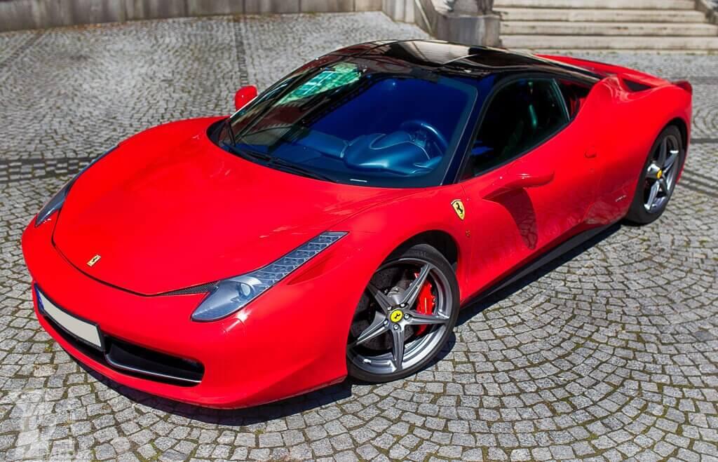 Prezent w postaci jazdy Ferrari F458 Italia