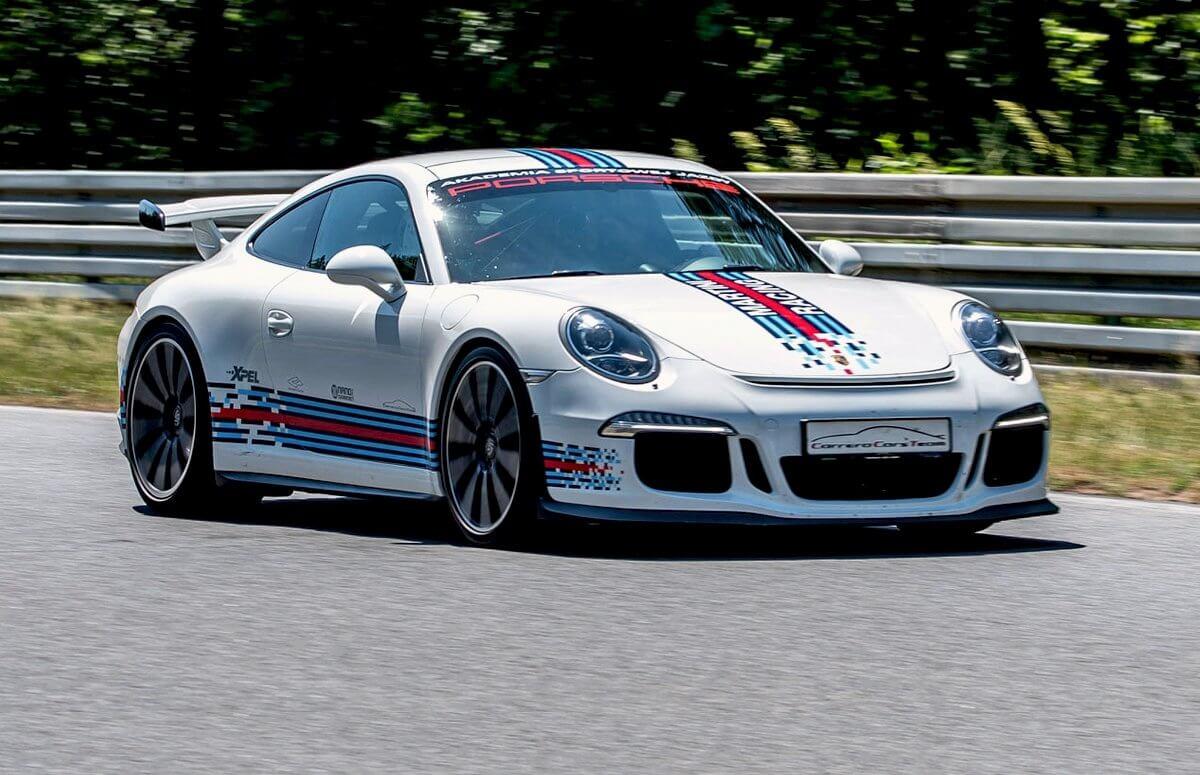 Jazda Porsche sygnowanym przez Roberta Kubicę