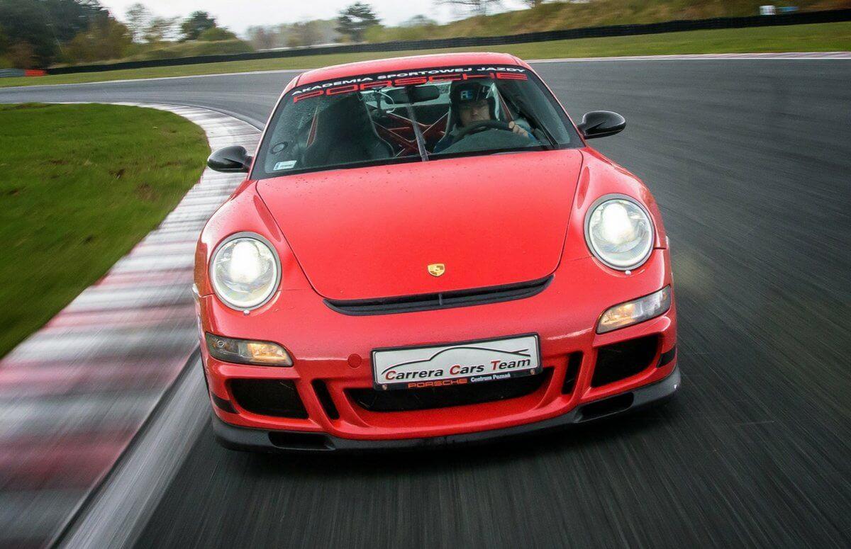 Siądź za kierownicą Porsche i poprowadź auto marzeń