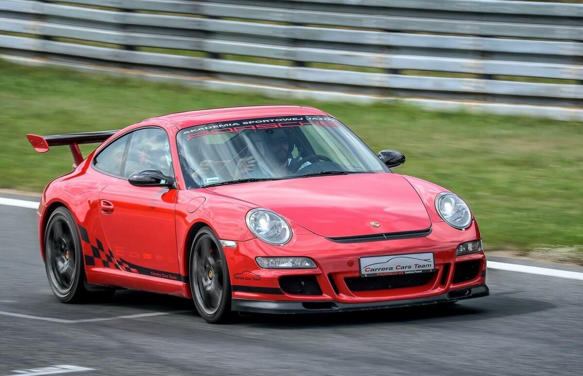 Porsche 911 - przejazd na torze