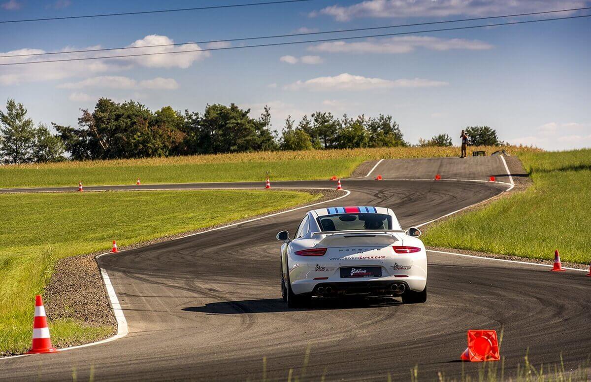 Jazda Porsche 911 na Torze w Kielcach, Warszawie, Krakowie i Łodzi