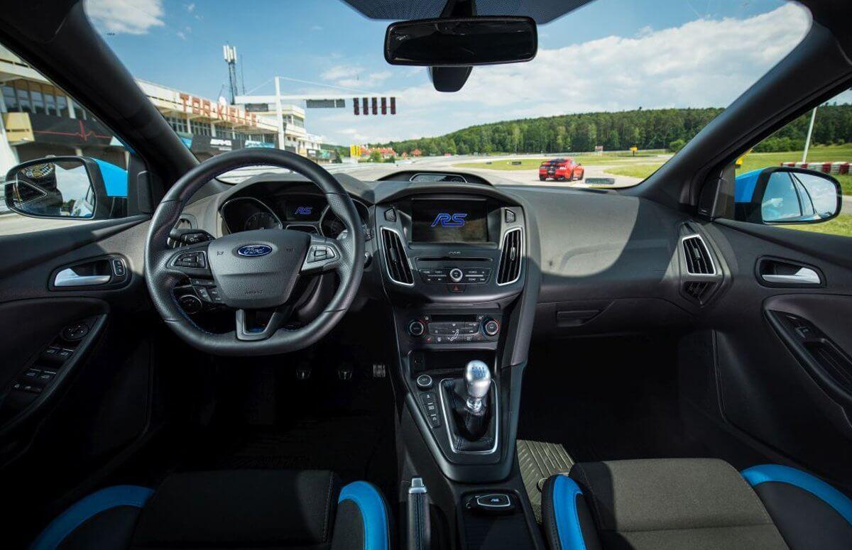 Jazda za kierownicą Forda Focusa RS