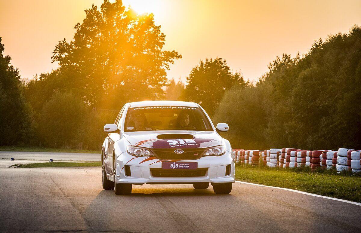 Jazda za kierownicą Subaru na torze Kielce