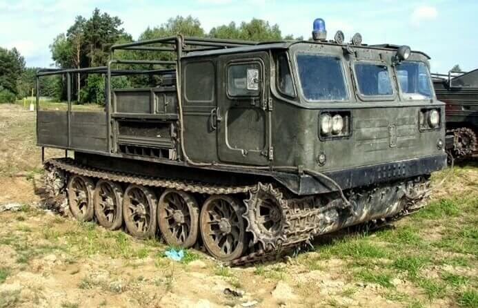 Ciągnik artyleryjski ATS-59G - jazda w terenie Wielkopolska