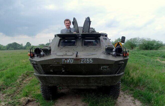 Samodzielna jazda transporterem militarnym
