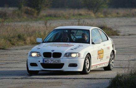Jazda BMW M3 E36 na torze (2 okr)