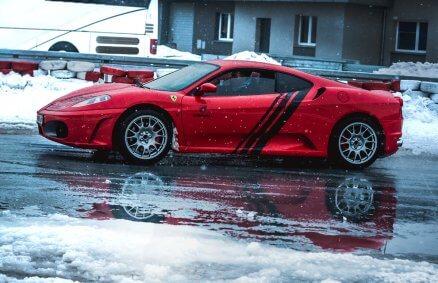 Ferrari F430 - Jazda po płycie poślizgowej