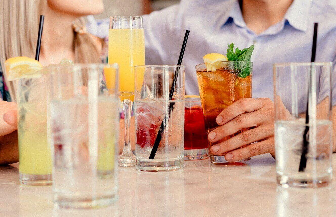 Naucz się robić pyszne drinki i koktajle
