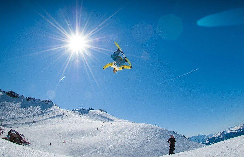 Nauka jazdy na snowboardzie w Beskidach