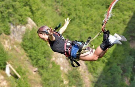 Skok na bungee - Prezent ekstremalny