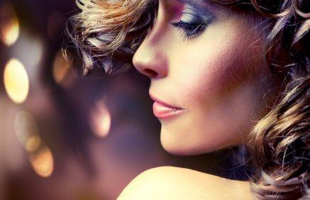 Oddaj się w ręce profesjonalnych fryzjerów, makijażystów i stylistów