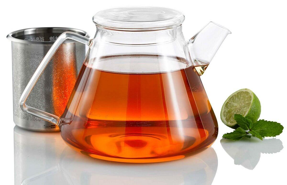 Dzbanek z zaparzaczem do herbaty