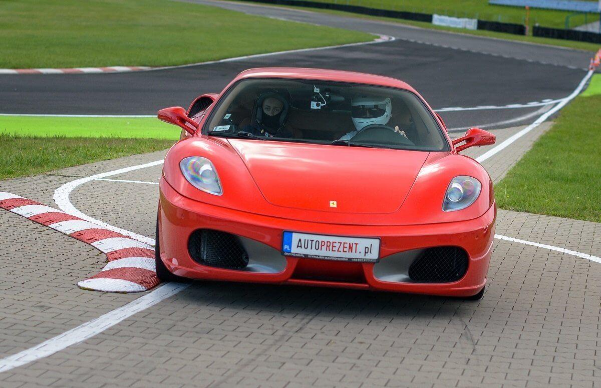 Ferrari F430 - Jazda po torze