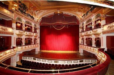 Wyjątkowy wieczór w operze dla Dwojga