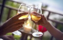 Weekend dla Dwojga z degustacją wina i zwiedzaniem winnicy
