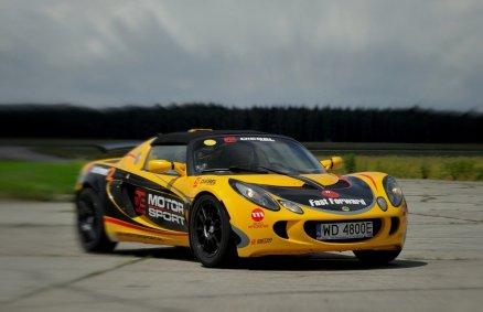 Lotus - jazda na torze wyścigowym