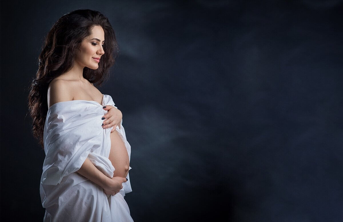 Zmsłowa sesja foto w ciąży