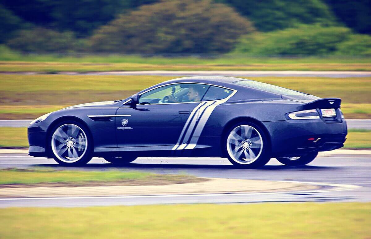 Jazda za kierownicą Aston Martina