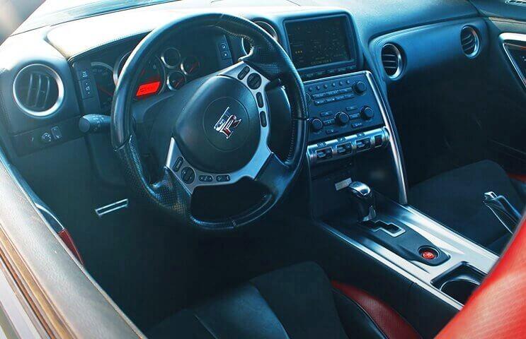 4 okrążenia toru za kierownicą Nissana GTR