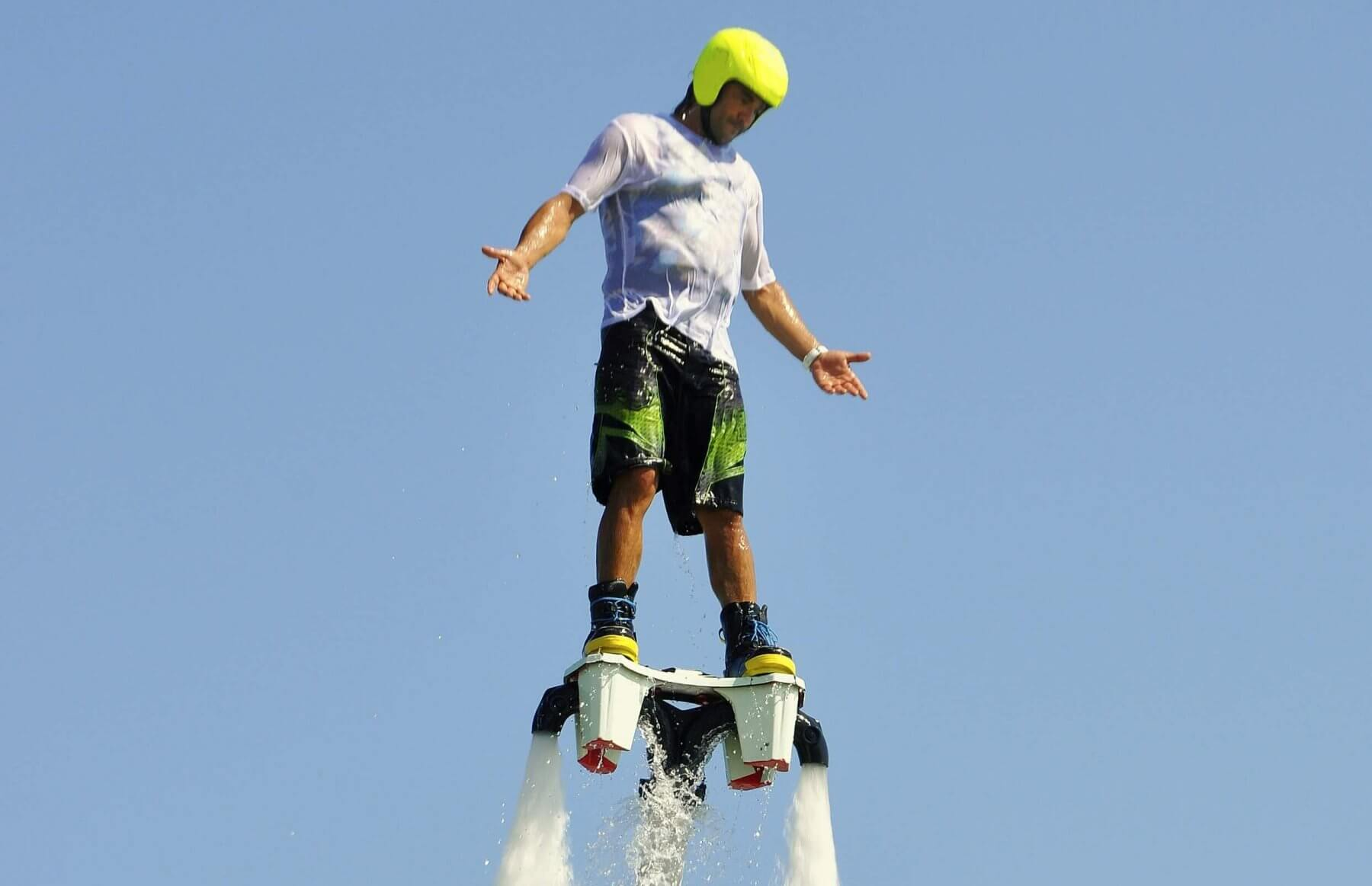 Flyboard - unieś się 8 metrów nad wodę!