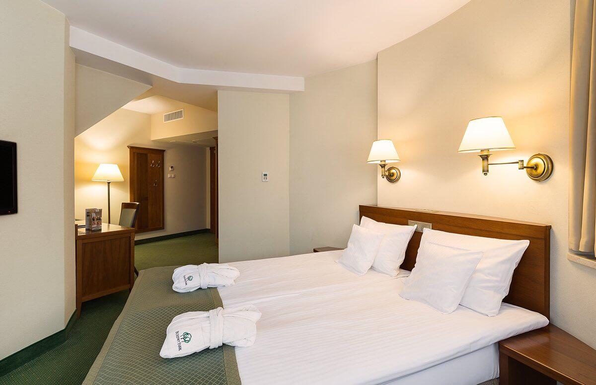 Komfortowypokój dla rodzców w prestiżowym hotelu Bukowy Park