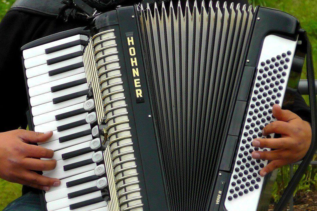 Naucz się grać na akordeonie