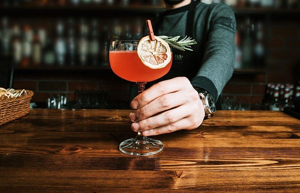 Kotajle i drinki - naucz się je robic jak prawdziwy barman!