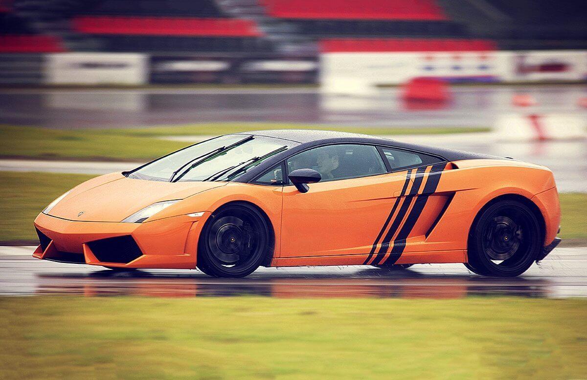 Lamborghini Gallardo - jazda na torze i nocleg w Kazimierzu