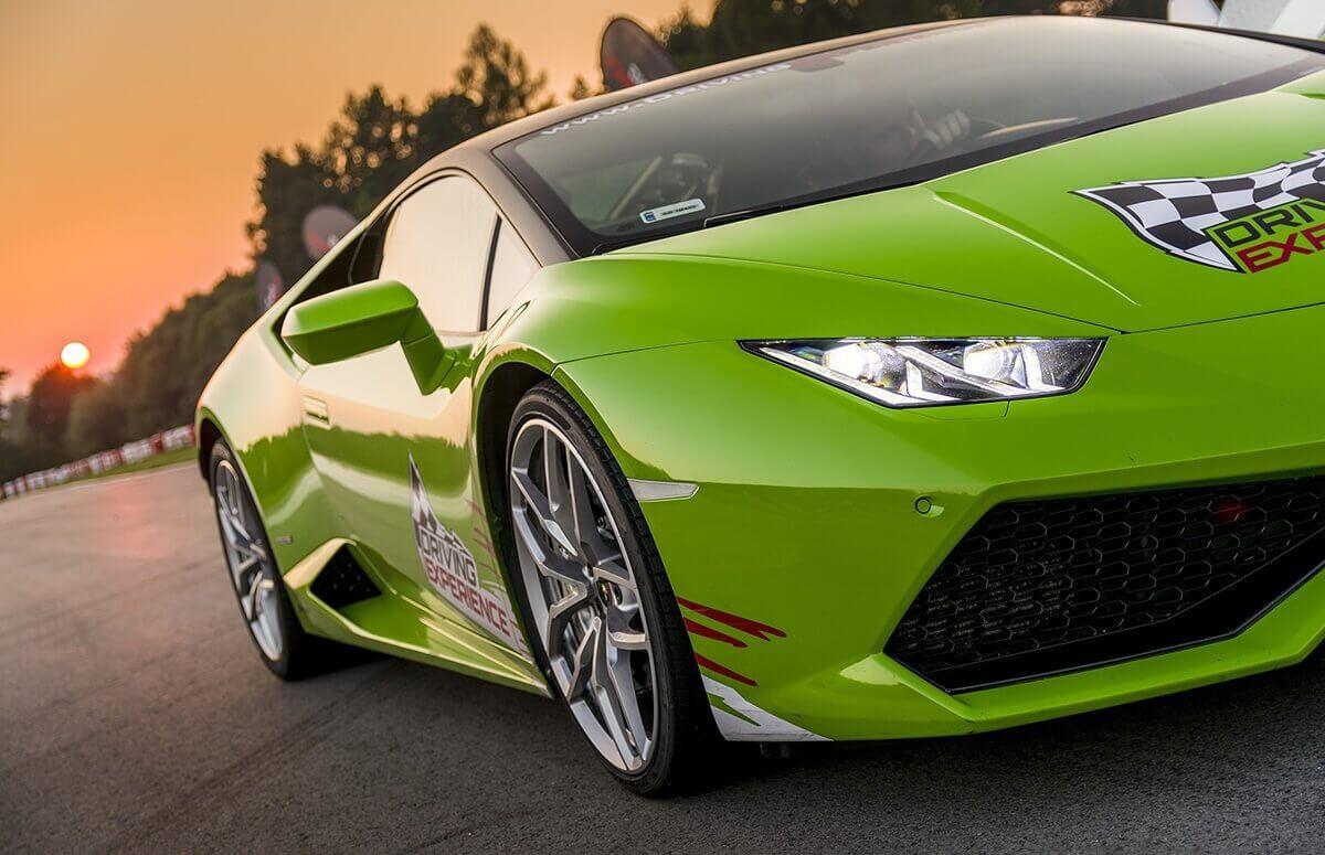 Lamborghini Huracan - Jazda  Warszawie,Krakowie i Kielcach