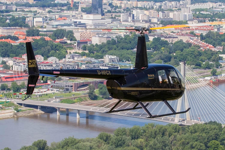 Półgodzinny lot helikopterem dla 3 osób