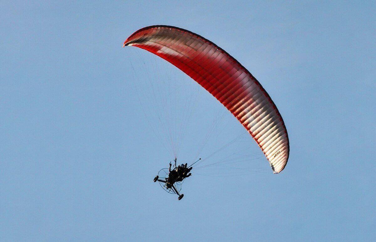 Motoparalotnia - lot w tandemie w Beskidach