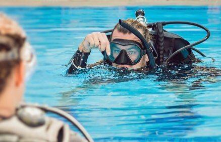 Lekcja nurkowania na basenie + podwodne zdjęcia