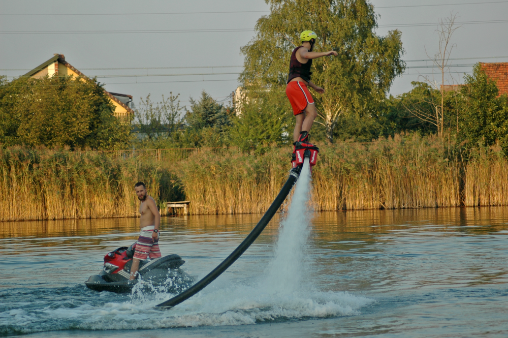 Latanie na Flyboardzie we Wrocławiu. Podaruj wyjątkowy prezent!