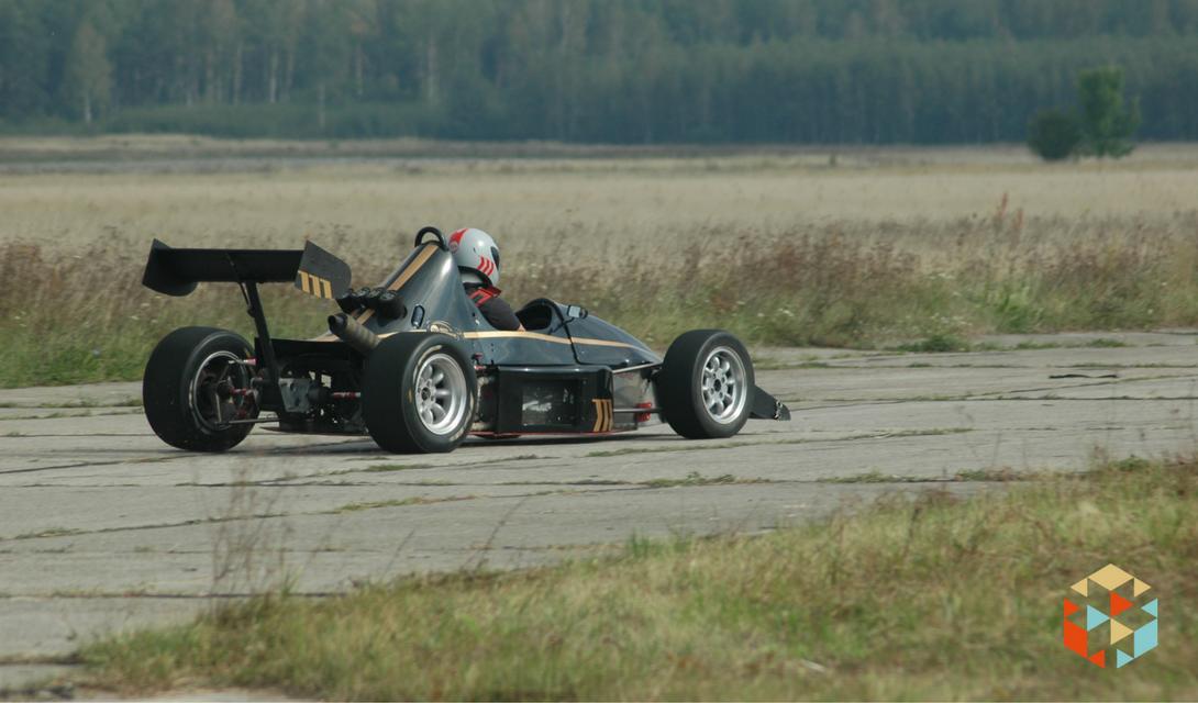 Jazda w Formule JEDI na torze