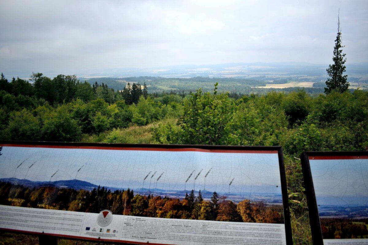 Punkt widokowy podczas jazdy off-road Góry Kaczawskie