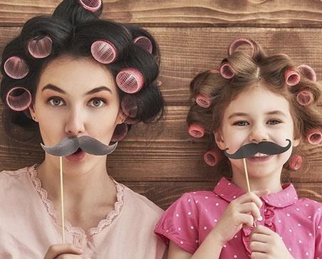 Matka i córka podczas wspólnej zaba