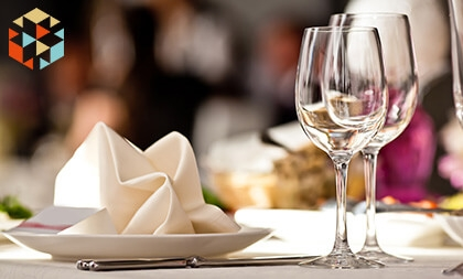Oryginalnym prezentem dla miłośników gotowania będzie kolacja dla dwojga w eleganckiej restauracji