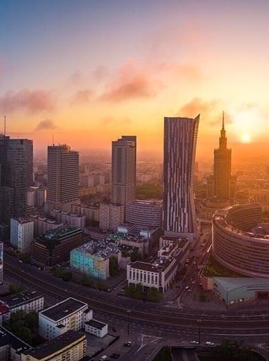 Warszawa widziana podczas lot samolotem nad miastem